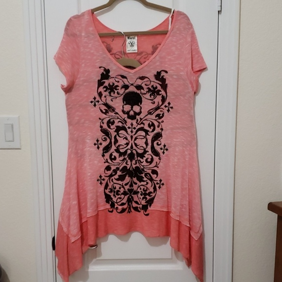 Vocal Tops - Coral and black skull top